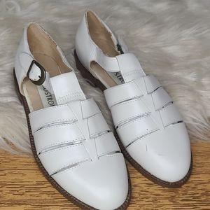 Vintage Nordstrom white strappy sandals 5.5
